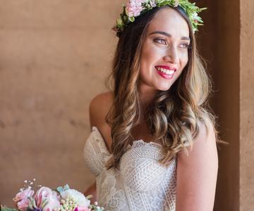 10 maneras de llevar el pelo suelto el día de tu boda