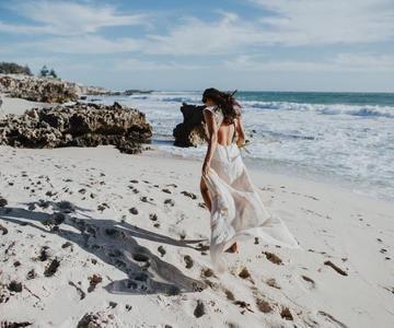 Estilos de trajes de novia en la playa