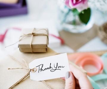 Ideas de regalos de boda para parejas modernas