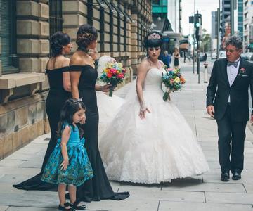 Guía definitiva de siluetas de vestidos de novia