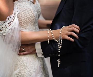 Un glosario de escotes de vestidos de novia